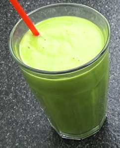 Healthy Smoothie Recipe - green mango smoothie